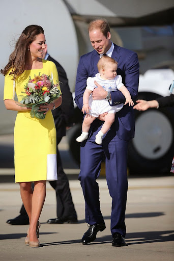 Kate Middleton Prince William and Prince George arrive in Sydney.jpg