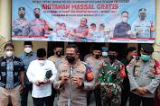 Kapolres Metro Jakarta Barat Kombes Pol Adi Wobowo Kunjungi Acara Khitanan