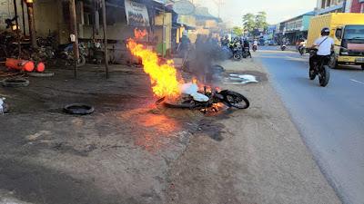 Hendak Diperbaiki, Sepeda Motor Warga di Sekadau Terbakar