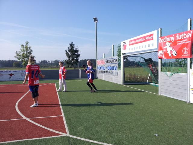 ČSFA - rodinný turnaj 2011 (záver) - 2011-09-24%2B09.32.51.jpg