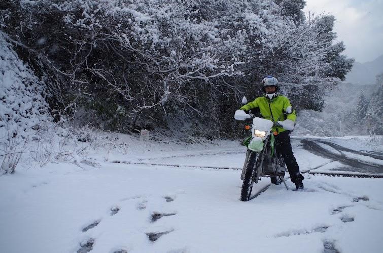 雪景色とライダー