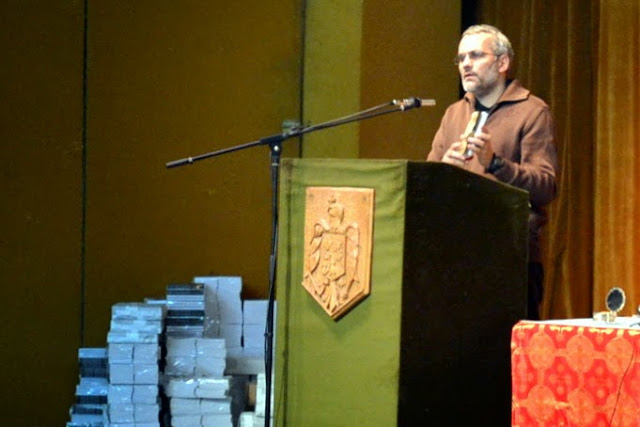 037 Avva Justin Parvu si Sfintii inchisorilor (Teatrul Luceafarul, Iasi, 2014.03.19)