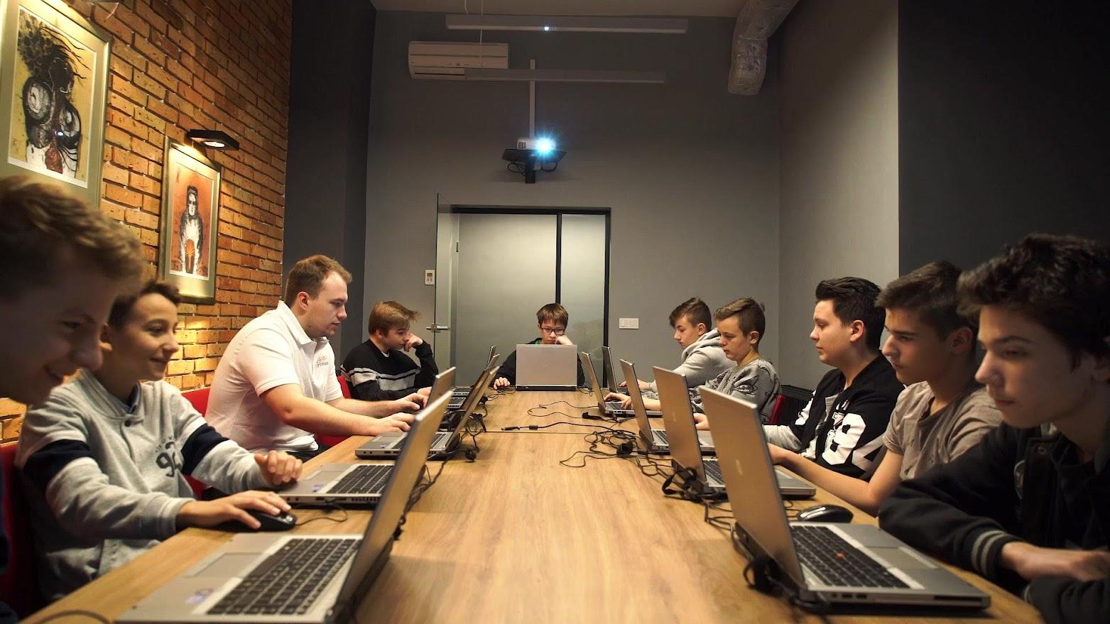 Bezpłatne warsztaty programowania dla dzieci i młodzieży