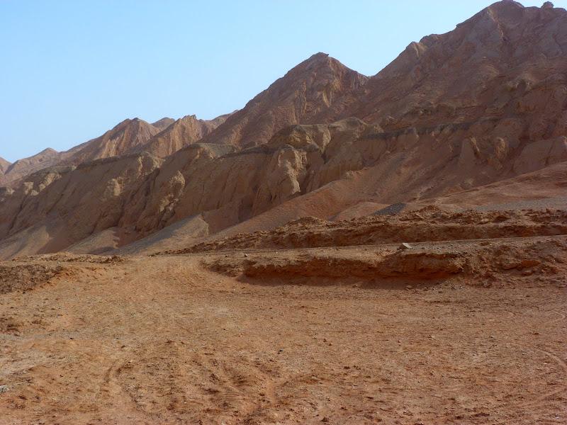 XINJIANG.  Turpan. Ancient city of Jiaohe, Flaming Mountains, Karez, Bezelik Thousand Budda caves - P1270927.JPG