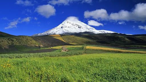 Chimborazo Volcano, Chimborazo Province, Ecuador.jpg
