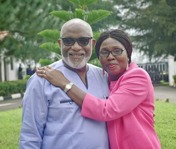 #Governor Akeredolu's wife slams social media critic, alleges that he is a s*x offender and a mortuary attendant
