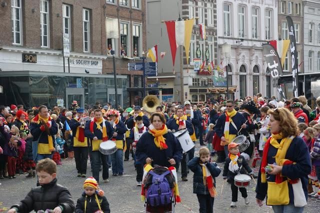 2012-02-19 tm 21 Carnaval in Oeteldonk - DSC04124.JPG