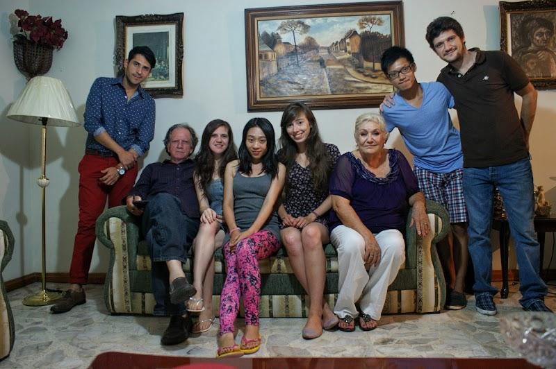 Rodzina u której mieszkałam wraz z moimi znajomymi.JPG
