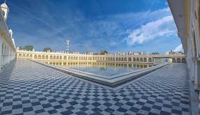 Sarovar for pilgrims in Gurdwara Nankana Sahib