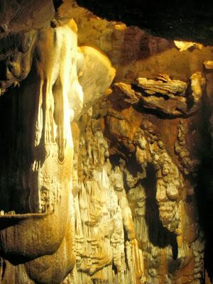 In der Höhle von Manita Pec
