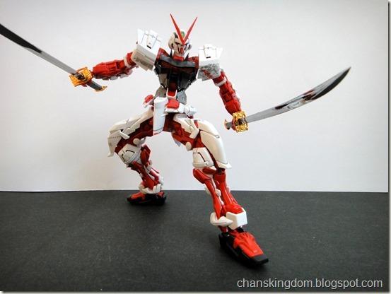 MBF-P02 Gundam Astray Red Frame -016