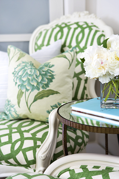 Samantha Pynn Chose This Pretty Geometric In Crisp Kelly Green And White To Give A Traditionally Feeling Chair Fresh Take