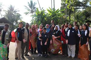 Pulau Pangkor Beach Clean Up (CrE)