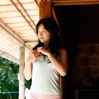 [BOMB.tv] 2010.04 Miyake Hitomi 三宅瞳 hm016.jpg