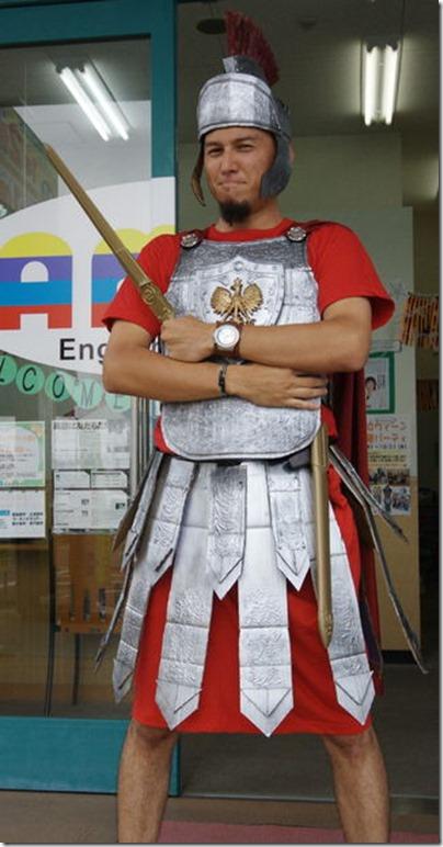 centurion omano hecho con carton  (1)