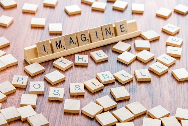 Els beneficis més destacats de jugar al Scrabble