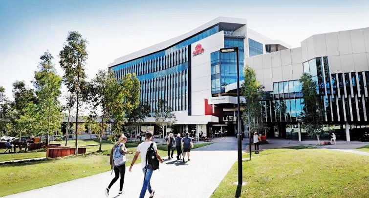 (Griffith Sciences) Academic Excellence Honours Scholarship 2020