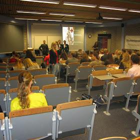 Lezing- en debat 6 (27 september 2013)2013