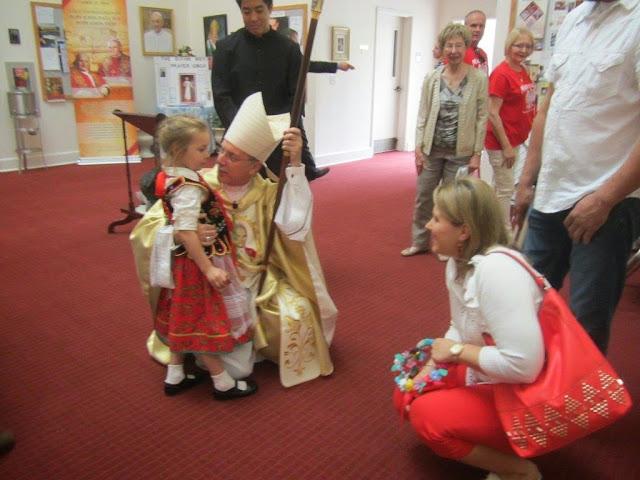 Divine Mercy Sunday, Celebrant Bishop L. Zarama- pictures E. Gürtler-Krawczyńska - 032.jpg