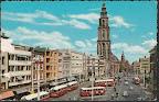 Groningen.  Martini toren met voor de toren Amsterdam - Rotterdam Bank en rechts oker gele gebouw  Nationale Levensverzekering bank. Kaart is 13.70 x 8.80  Gelopen gestempeld in 1964.