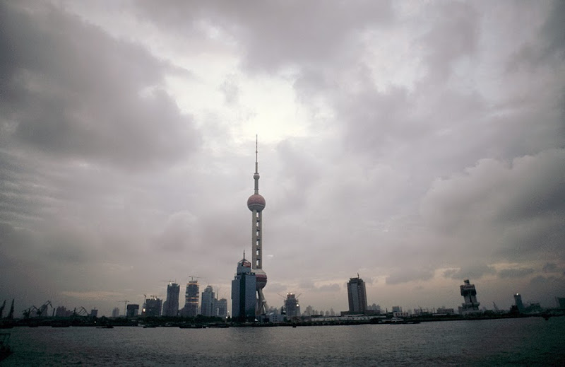 15. View on Oriental Pearl TV Tower at dusk. Shanghai
