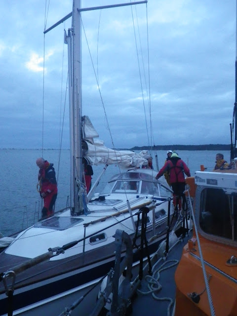 ALB launch to a 10.4m yacht with engine problems - 23 September 2015.  Photo credits: RNLI/Poole