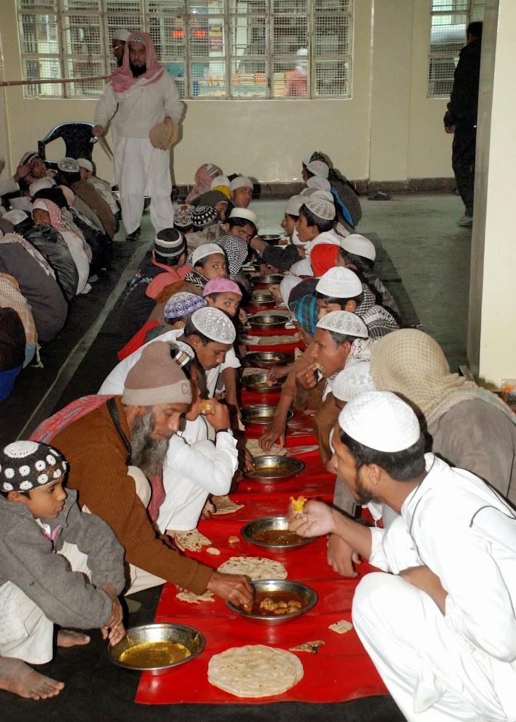 Sunnah Mess 11-27-2006 7-01-57 AM