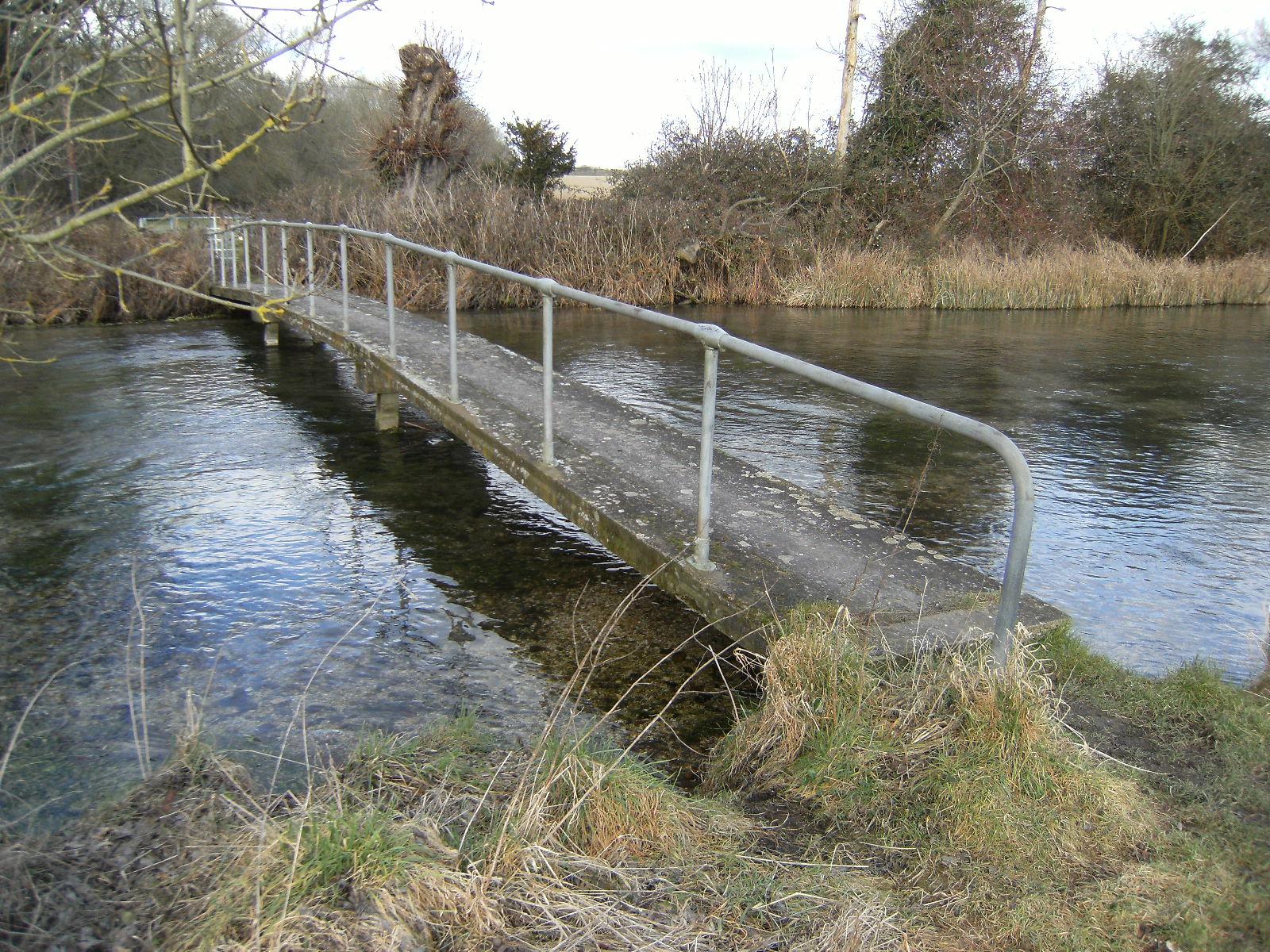 1002110058 Footbridge over River Test at Tufton