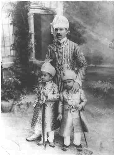 Nizam VII with his two principal sons