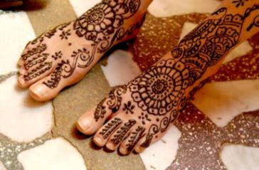 Painet Licensed Rights stock photo of henna body paint feet photos 20