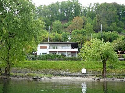 Haus vom See aus