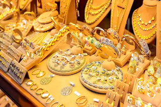 big-fraud-of-famous-gold-trader-in-pune