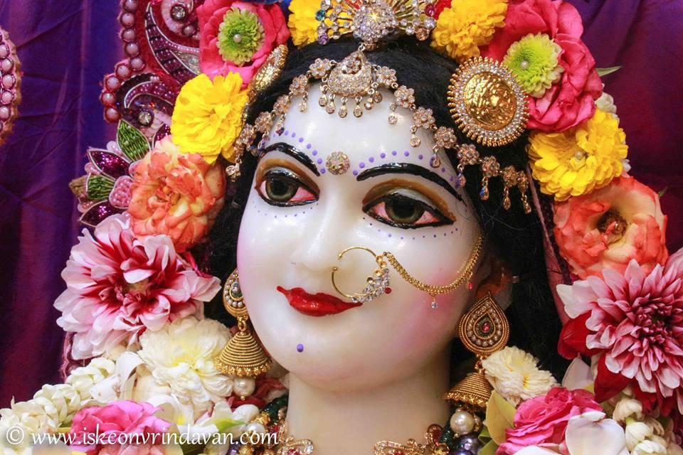 ISKCON Vrindavan Sringar Deity Darshan 08 April 2016 (5)