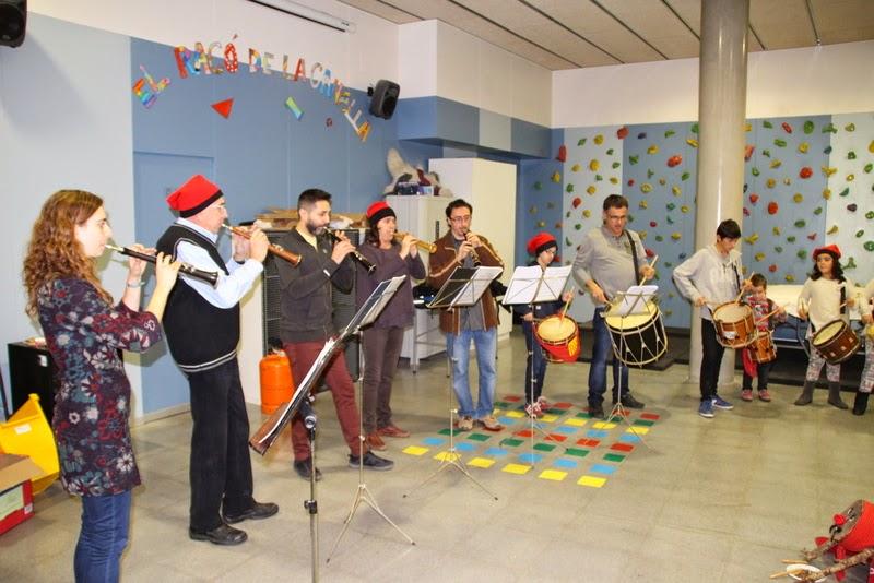 Nadales i Tronc de nadal al local  20-12-14 - IMG_7825.JPG
