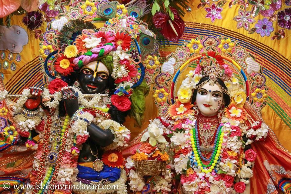 ISKCON Vrindavan Shringar Deity Darshan 11 May  2016 (7)