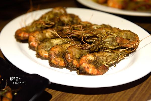 食-台北|燒蝦居酒屋|肥美的泰國蝦每天南部直送|大同區延平北路居酒屋|活蝦料理|延三夜市美食