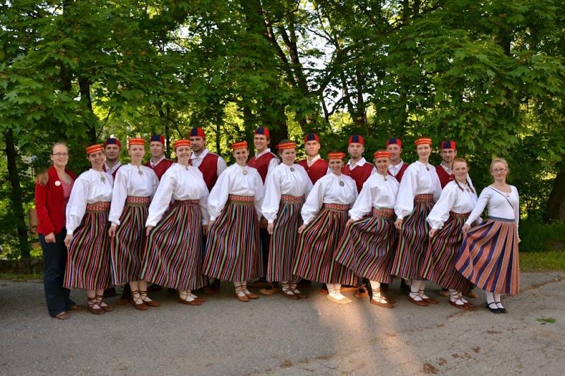Tiigi seltsimaja kevadpidu 2012 - TiigiKevadpidu4.jpg