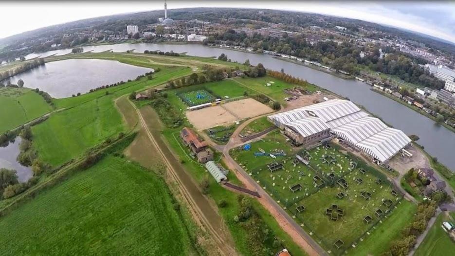 Arnhem%2Bfield.jpg