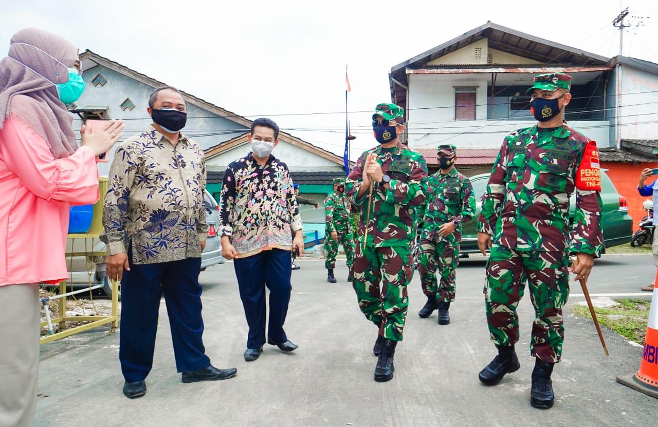 Danrem 091/ASN Tinjau Posko COVID-19 Tingkat Kelurahan Di Wilayah Kodim 0908/Bontang