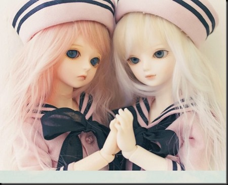 Cute Twins Barbie Doll wallpapers 1
