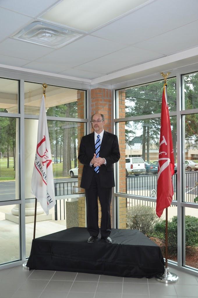 U of A System President Dr. Donald Bobbitt Visit - DSC_0324.JPG