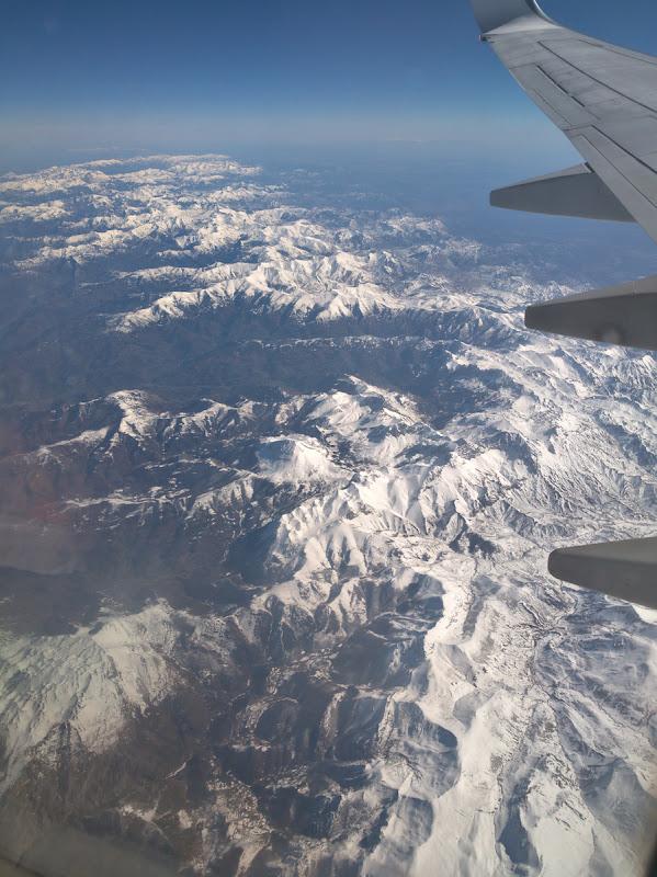 Deasupra Spaniei, cu Pirineii (cel mai probabil) in distanta.