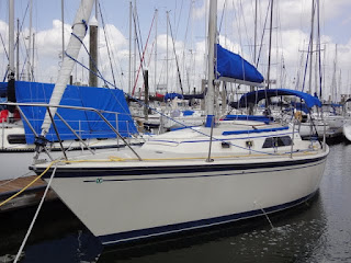 O'day 28 High Cotton 1984 Air, Roller Furling, Bimini so much New Gear