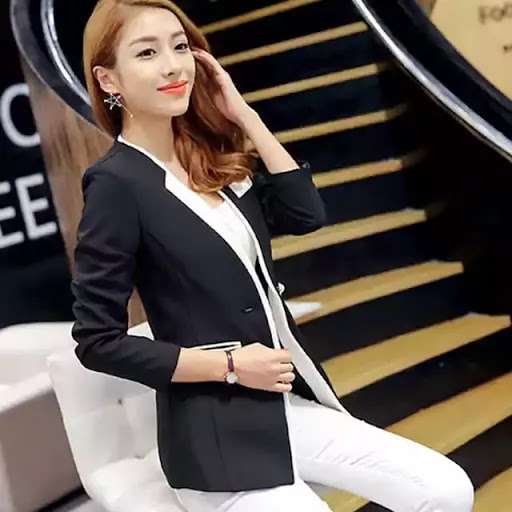 Girls! Intip Yuk, 10 Style Pakaian Wanita Ala Korea, Patut Untuk Kalian Tiru!