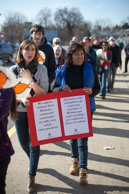 NL- WM action Black Friday (hi res fotos gracias Steve Mcfarland, cpd) - 1123Walmart_2771.jpg