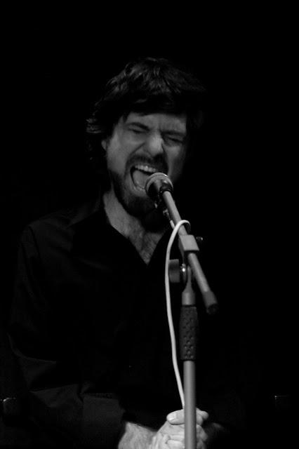 """Adam Kerďo """"El ponte"""" - flauta, spev"""