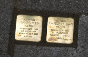 Hermann Reiss en Ida Reiss-Hermann - Billitonstraat 8. Stolpersteine Enschede.