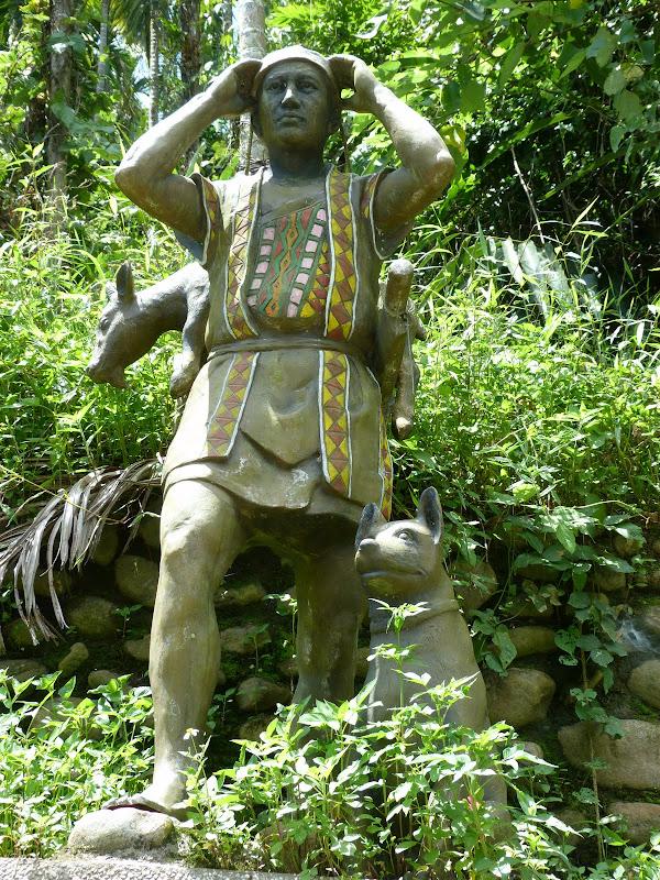 Puli  en passant , entre autres, par les villages de l ethnie Bunum de Loloko et Dili. J 10 - P1160850.JPG