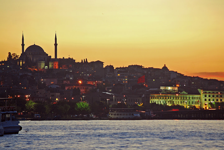Exploring the gastronomic delights of Istanbul