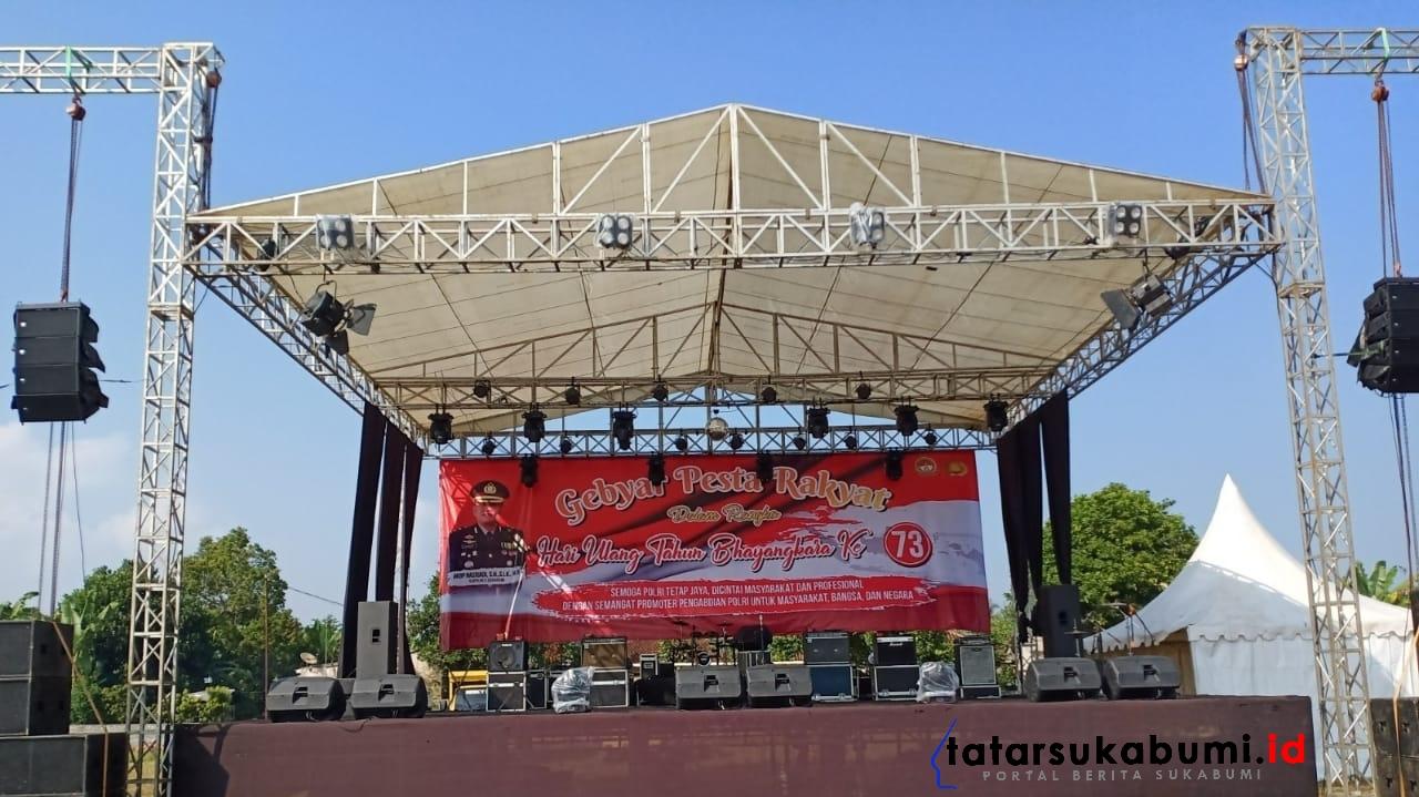 Artis Dangdut Ibukota Goyang Puncak HUT Bhayangkara ke-73 Polres Sukabumi